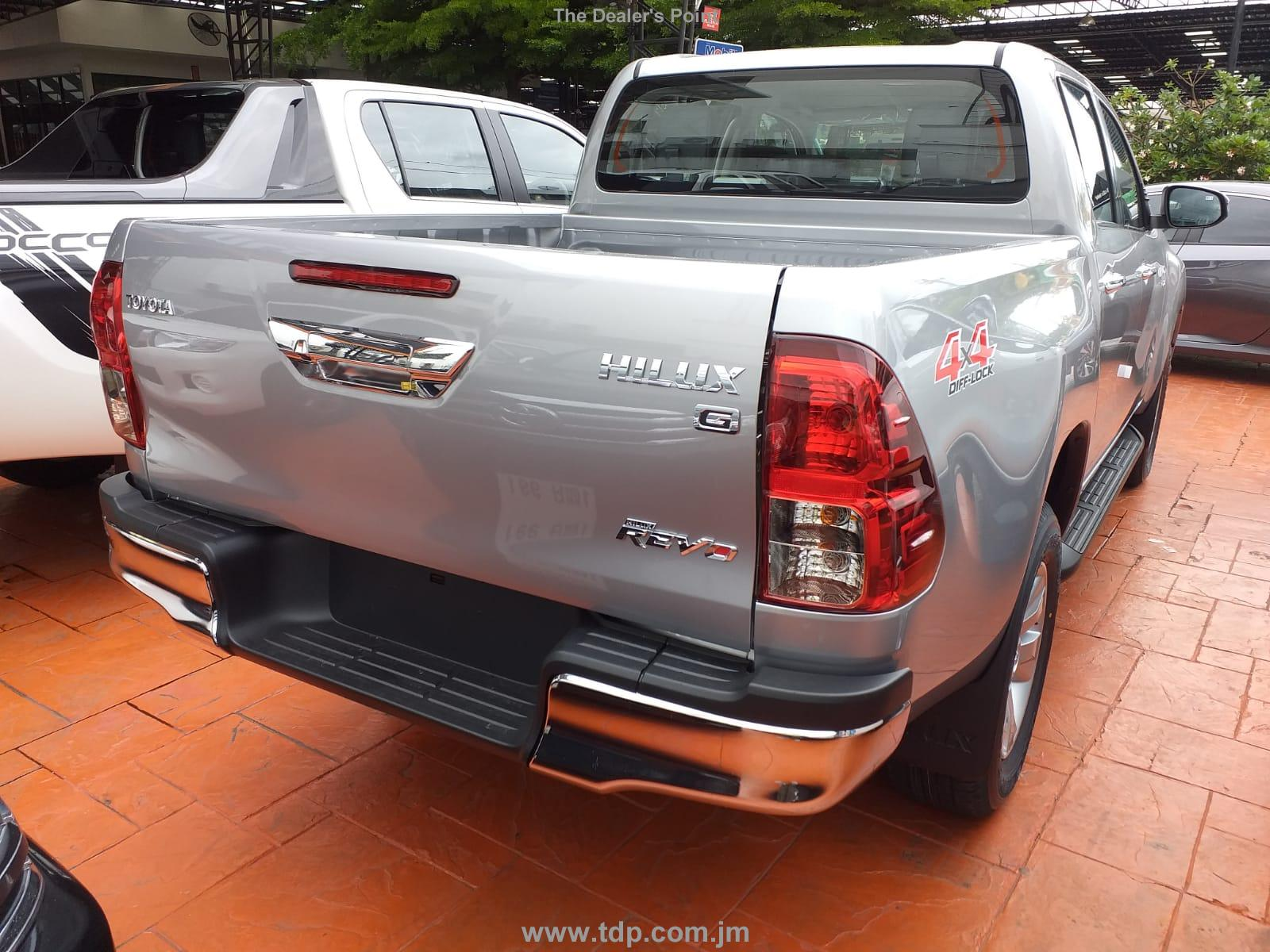 TOYOTA HILUX PICK UP 2019 Image 2