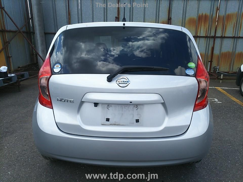 NISSAN NOTE 2016 Image 4